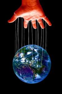 Políticos, dinheiro ou organizações: quem controla o mundo?