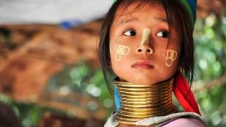 Os longos pescoços das mulheres Padaung
