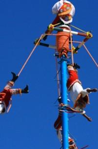 Voadores de Papantla, uma tradição de altos voos