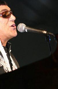 Entrevista a José Cid: Cantar e Encantar